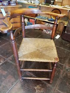 18th-century-American-Corner-Roundabout-Chair-with-Rush-Seat
