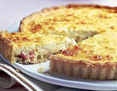 quiche Lorraine Quiche Lorraine - tried and tested it today, though with pre-made pastry.Quiche Lorraine - tried and tested it today, though with pre-made pastry. Bbc Good Food Recipes, Cooking Recipes, Yummy Food, Fennel Recipes, Cooking Videos, Healthy Recipes, Ham And Cheese Quiche, Yummy Quiche, Breakfast