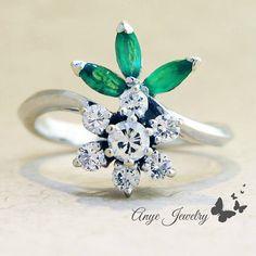 2.00 Ct. Brilliant Round Diamond & Emerald Flower Ring on 14K White Gold