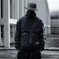 Référence : JPN3725  Cette veste de très bonne qualité, très belle dans un style très streetwear. Cargo Jacket, Denim Jacket Men, Bomber Jacket, Rose Jacket, Wind Jacket, Ripped Men, Tactical Jacket, Unisex Fashion, Fashion Men