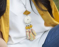 Trendy Tassel Necklace Colorful Boho Tassel Jewelry Long Statement Necklace with Tassels And Gemstones in Pastel Colors