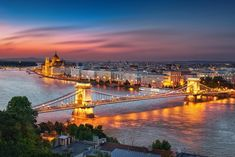 Budapest is an absolute gem for budget travellers. Those seeking a taste of Europe on a dime will be dizzied by its stunning architecture and delicious cheap eats. Best of all, there are plentiful cheap AND free things to do in Budapest!
