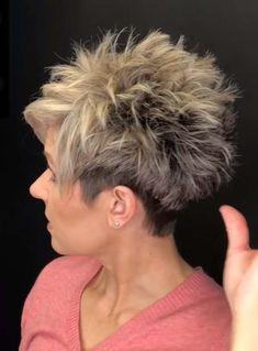 Short Sassy Haircuts, Funky Short Hair, Short Choppy Hair, Short Hair With Layers, Cute Hairstyles For Short Hair, Short Hair Cuts For Women, Curly Hair Styles, Short Stacked Hair, Short Cuts
