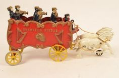 "Kenton ""Overland Circus"" Cast Iron Horse Drawn Wagon"