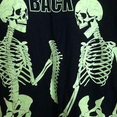 Halloween T-Shirt Glow in Dark I Got Your Back Black L Skeletons Funny Joke Pun #FruitoftheLoom #GraphicTee