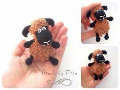 Amigurumi, black sheep, crochet, gift, ovelha negra, crochê, амигуруми, черная овечка, крючком