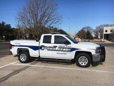 Midland (TX) Police Parking Enforcement # 5631 Chevy Silverado Chevy Vehicles, Police Vehicles, Emergency Vehicles, Police Truck, Police Cars, Police Officer, Texas Department, Fire Department, Radios