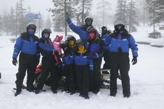 Safari con motos de nieve.  casa papa noel, laponia finlandia, laponia viajes
