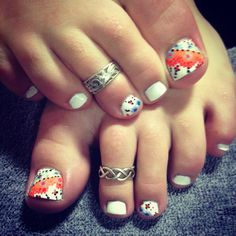 Summer nail art by Kaitlyn Link