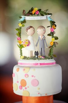Weekly Wedding Inspiration - Cake Toppers - Bride Vs Groom