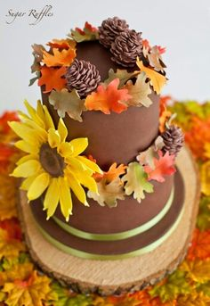 Sugar Ruffles | Fall inspired cake Pretty Cakes, Beautiful Cakes, Amazing Cakes, Fall Wedding Cakes, Elegant Wedding Cakes, Autumn Wedding, Fondant Cakes, Cupcake Cakes, Cupcakes