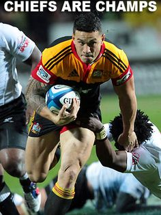 NZ's Chiefs win the 2012 Super 15 Rugby final played against South Africa's Sharks in Hamilton tonight.