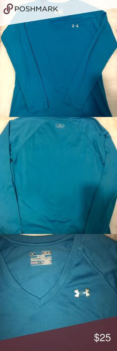 Under Armour Long Sleeve  Top Size M Under Armour Long Sleeve  Top ,Size M, Sky Blue Color, Excellent conditions, No stains or rips, Not faded , V Neck , Semi-Fitted , Perfect for fall ! Under Armour Tops Tees - Long Sleeve