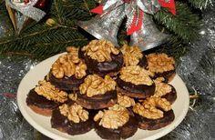 Černoušci s vlašským oříškem Easy Healthy Recipes, Keto Recipes, Easy Meals, Nutella, Meal Planning, Cheesecake, Muffin, Breakfast, Food