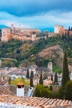 Pastels against powerful colors, all embelished in Mother Nature's gift to humanity, all in El Alhambra - Granada - Spain