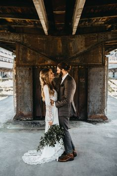 What Happens When a Swedish Couple Gets Married in a Train Station in Prague? | Photo Credit: Lukas Korynta & Eliska Kubikova