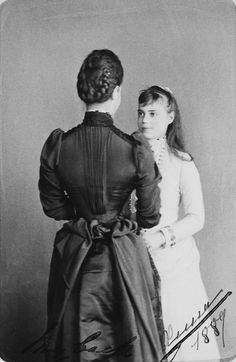 Maria Feodorovna and her daughter, Grand Duchess Xenia Alexandrovna