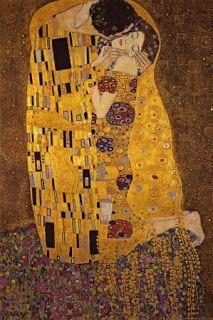 El beso (original en alemán: Der Kuss) es una obra del pintor austríaco Gustav Klimt y probablemente su obra más conocida. Es un óleo con laminillas de oro y estaño sobre lienzo de 180 x 180 centímetros, realizado entre 1907-08. Esta obra, que sigue los cánones del Simbolismo, es una tela con decoraciones y mosaicos y fondo dorado. Está expuesta en la Österreichische Galerie Belvedere de Viena.