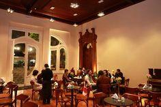 Café do Paço da Liberdade, na praça Generoso Marques. Curitiba, 04/08/2009 Foto: Cesar Brustolin/SMCS. Arquivo - Mercado Municipal terá a Avenida <br/>do Café, a partir desta quinta-feira - Álbum - Prefeitura de Curitiba