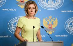 """Die USA haben es nicht geschafft, die aus einem Abkommen mit Russland resultierenden wichtigsten Verpflichtungen zur Beilegung der Syrien-Krise zu erfüllen, und versuchen jetzt, Russland dafür verantwortlich zu machen. Dies sagte die Sprecherin des russischen Außenministeriums, Maria Sacharowa, gegenüber dem russischen TV-Sender """"Erster Kanal""""."""
