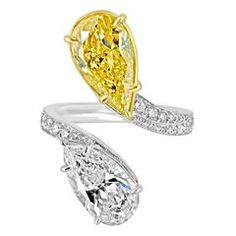 2.15 Carat GIA Cert Pink and 2.40 Carat Green Yellow Diamond Gold Ring For Sale at 1stdibs