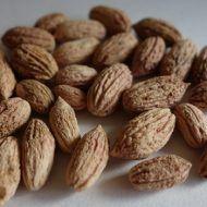 Nu mai arunca sâmburii de măsline, au o proprietate unica foarte folositoare. Grecii nu-i arunca niciodata! Almond, Food, Greece, Eten, Almond Joy, Almonds, Meals, Diet