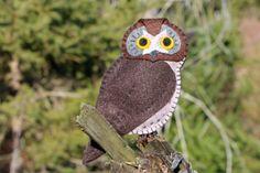 A beguiling boreal owl felt ornament pattern.