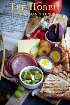 The Hobbit: Ploughman's Lunch recipe for this year's Hobbit Day inspired by The Lord of the Rings and the Hobbit by JRR Tolkien. Lunch Recipes, Cooking Recipes, Food Themes, Healthy Meal Prep, Healthy Snacks, Ploughman's Lunch, The Hobbit, Food Inspiration, Food And Drink
