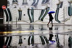 Cinematic photo series of Paris under the rain by Christophe Jacrot - PLAIN Magazine Rain Photography, Photography Series, Color Photography, Street Photography, Creative Photography, Christophe Jacrot, City Rain, Under The Rain, Grid Design