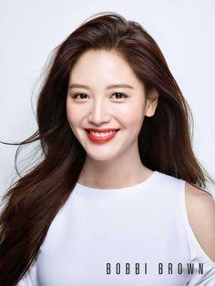 Jaekyung shows off her smile for 'Bobbi Brown' | allkpop.com