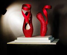 520d9549d308 Sparkly red ballet shoe sculpture by Lindsey de Ovies Image source…
