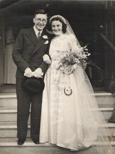 Wedding couple 1940s London, England