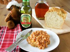 maple•spice: Drunk Canadian Maple Baked Beans on Toasted Herbed Beer Bread