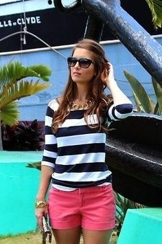 Colored Bottoms 23 Clothing Items Every College Girl Should Own Spring Summer Fashion, Spring Outfits, Preppy Summer Outfits, Style Summer, Spring 2016, Short Outfits, Casual Outfits, Girl Outfits, Club Outfits