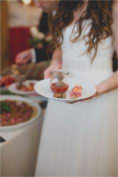 Fingerfood bei Hochzeiten, hier eine Idee für deine Hochzeit, im Landhof Kemmler bei Tübingen.  Foto: Karoline Kirchhof