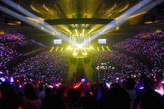 「aiko live tour『Love Like Pop vol.17.5』」11月13日の大阪・大阪城ホール公演の様子。(撮影:金原誠)