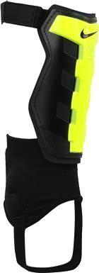 Nike Charge Soccer S #asics #asicsmen #asicsman #running #runningshoes #runningmen #menfitness