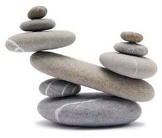 Many people believe that there is a magical formula for home decoration. You do things… Pebble Stone, Pebble Art, Stone Art, Zen Rock, Rock Art, Stone Crafts, Rock Crafts, Stone Decoration, Stone Balancing