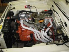 Slant 6 Chrysler Valiant, Plymouth Muscle Cars, 1968 Camaro, Combustion Engine, Classic Chevy Trucks, Dodge Trucks, Car Engine, Vintage Trucks, Drag Racing
