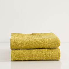 MUSTARD WASHED COTTON QUILT AND CUSHION COVER - Quilts - Bedroom | Zara Home United States of America