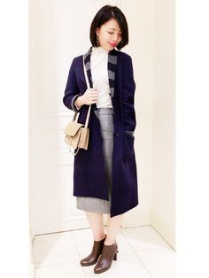 おすすめコートスタイル 少し肌寒い時期にちょうど良いリバーチャスターコート。 リバーシブルになっていて、裏返すと、ボーダー柄に。 1つで2役の優れたアイテムなんです♪