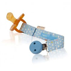 Hevea - Pacifier clip prevents pacifiers from dropping on the floor and getting dirty or lost. Eco Baby, Pacifier Holder, Print Design, Personalized Items, Projects, Snails, Dog, Houses, Light Blue