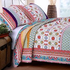 Buy Retro Boho Quilt Set with Shams Print Geometric Floral Pattern Mandala Medallions Blue Red Yellow 100 Cotton Reversible 3 Piece Bedding Double Full Queen - Includes Bed Sheet Straps - Topvintagestyle.com ✓ FREE DELIVERY possible on eligible purchases