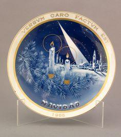 Plato de porcelana con escena navideña/MNAD