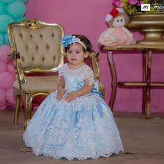 Que princesa linda Emily de @emilliane_vargas veste Cecília Cavalcante!!!