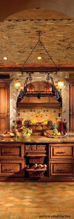 Tuscan kitchen | Florida Design     ᘡղbᘠ                                                                                                                                                      More