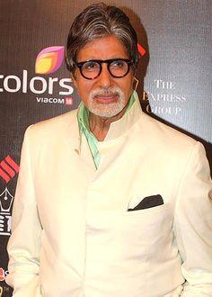 Amitabh Bachchan is approached by the makers of Hollywood film Shantaram! - http://www.bolegaindia.com/gossips/Amitabh_Bachchan_is_approached_by_the_makers_of_Hollywood_film_Shantaram-gid-37259-gc-6.html