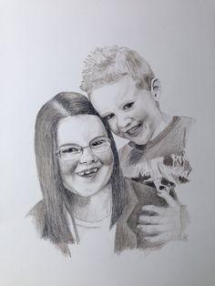 Foto van mijn nichtje en neefje nagetekend met kleurpotlood in sepia.