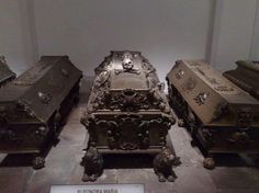 Crypt of Royals in Vienna -- !