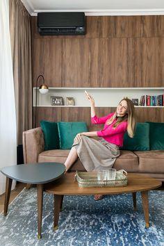 Ads Creative, Creative Advertising, Daikin Ac, Entryway Bench, Flat Screen, Stylish, Furniture, Design, Home Decor